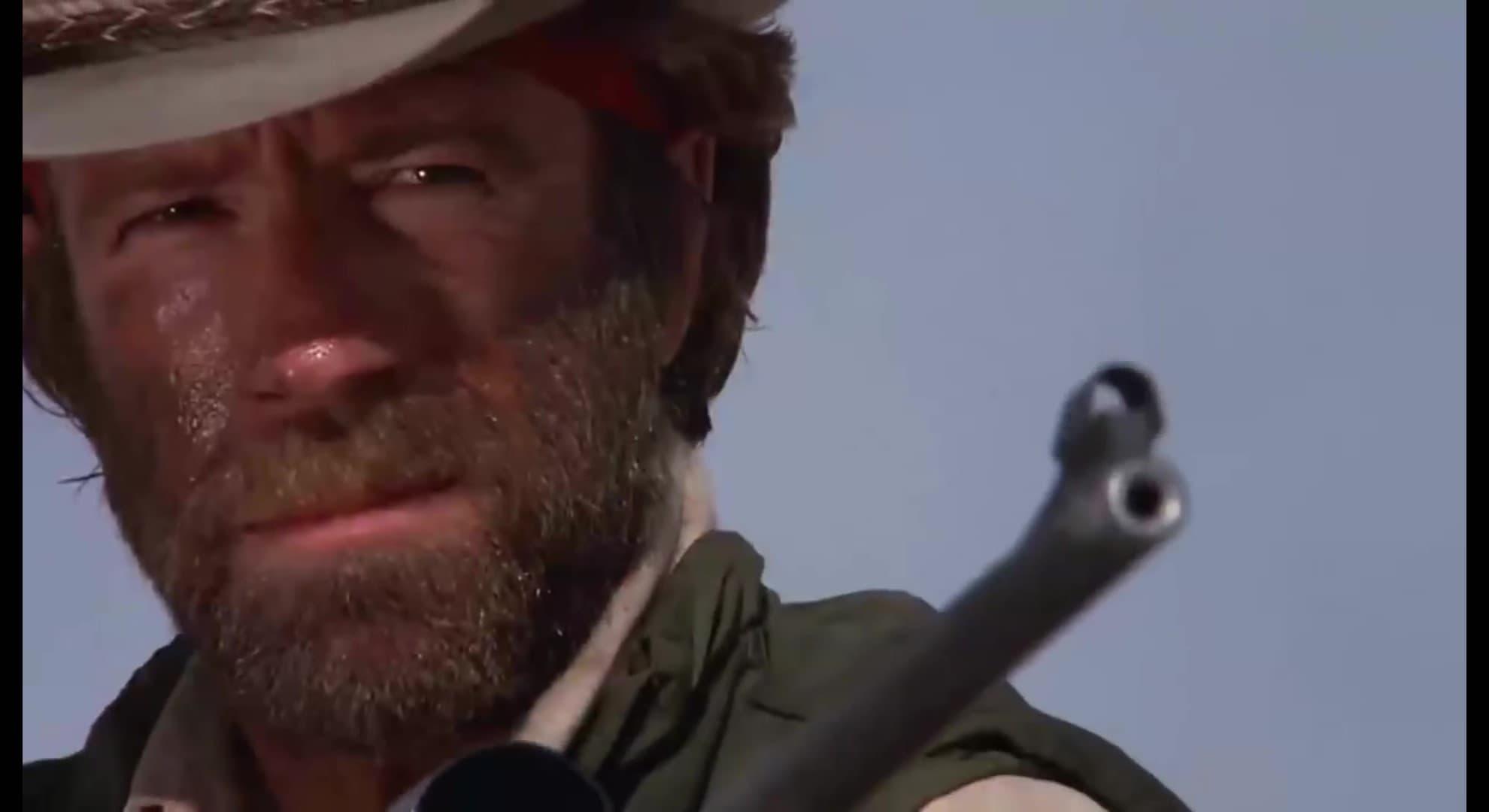 -  Chuck Norris i Bumper Ball Beskidy