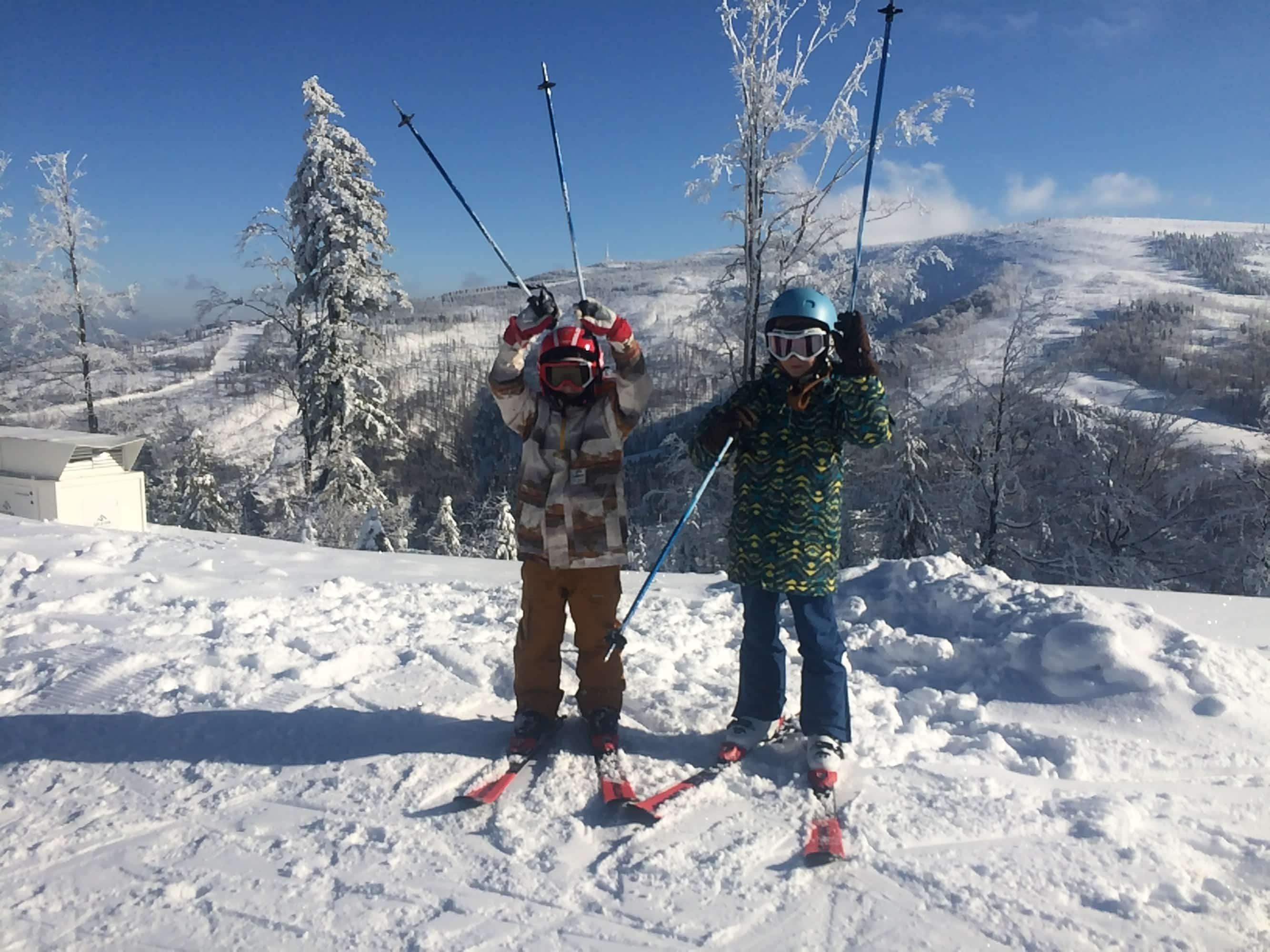 -  Zima ze szkółką narciarską Folk Sport